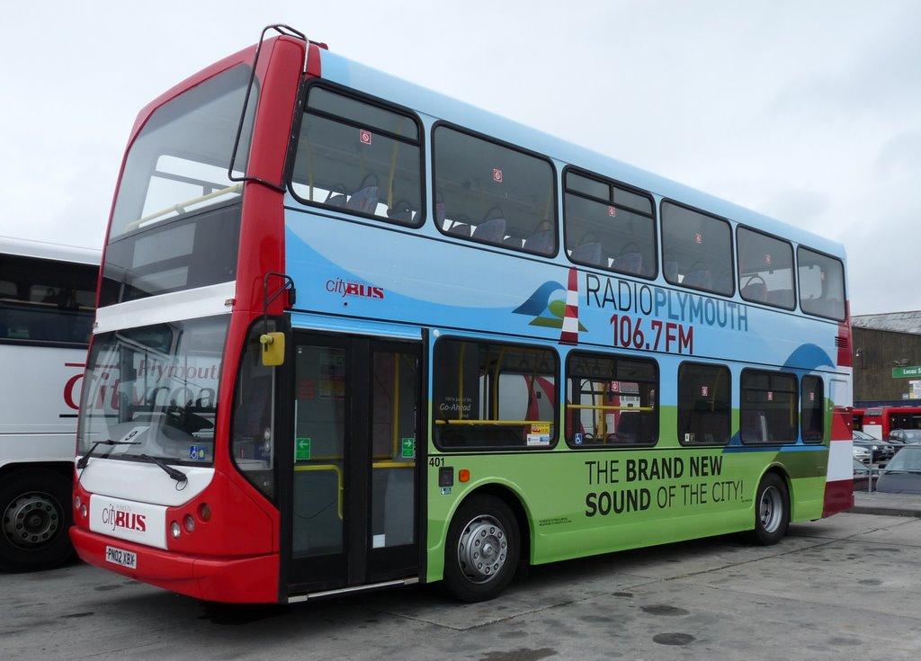 Plymouth Citybus 401 PN02XBK