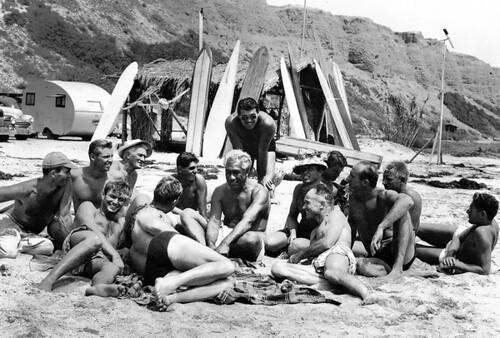 Old School Surfers