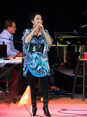 Crystal Gayle (outdoorPDK) Tags: longhair alamedacountyfair crystalgayle