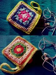 Two Sides Purse (LauraLRF) Tags: thread square ipod crochet cotton purse sunburst hilo algodon tejido graany monedero ganchillo monedeiro