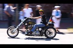 Harley Days 2010 Hamburg - Harley Davidson (-BlaqueBeat-) Tags: bike canon eos ride sommer hamburg harley harleydavidson biking biker pimp davidson 2010 pimpmyride motorrad mitzieher motorräder treff harleydays harleyday harleydayshamburg 50d eos50d canoneos50d motorradtreff