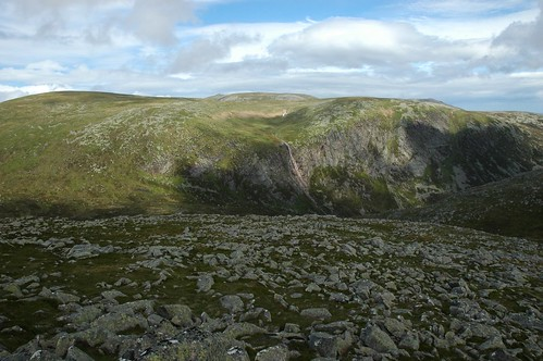 Eagles Rock and Lochnagar