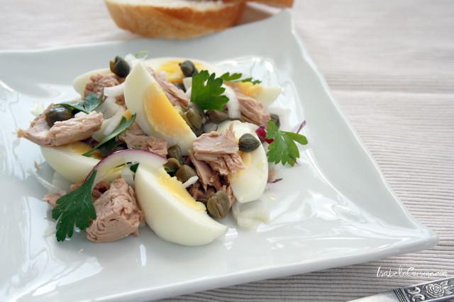 Tuna salad, egg and onion
