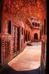 Red Sandstone Archway - Taj Mahal Jawab