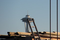 Space Needle (chandira_h) Tags: seattle perspective spaceneedle ladder forcedperspective eastlake
