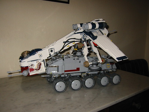 LEGO Dropship + Clone Turbo Tank