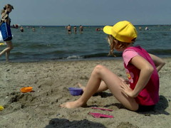 Strand in Germany (Johan Koolwaaij) Tags: travel summer strand germany contextwatcher celltagged geotagged day sitting sunday july sunny moonlight humid exif verywarm lightbreeze cell:mcc=262 cell:mnc=2 iyouit geo:range=500 cell:lac=311 location:dayhour=13 weather:humidity=moderate weather:rain=low location:timezone=1 weather:dir=northnorthwest weather:moonstate=newmoon weather:tstorm=low weather:uv=low weather:visibility=high weather:pchange=rising weather:pressure=moderate weather:coverage=low weather:realfeel=verywarm weather:temp=verywarm weather:feel=verywarm phone:orientation=holdingupright phone:direction=001002 location:altitude=38 weather:uvmax=moderate location:distance=9 cell:cellid=7148565 geo:lat=53994177 geo:long=11375489