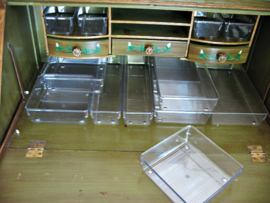 clear plastic drawer organizers+lucite drawer organizers