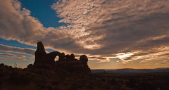 Torret Arch sunset (kallen photography) Tags: sunset utah sandstone arches erosion moab archesnationalpark fins windowssection torretarch