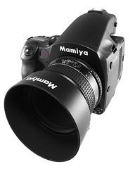 Mamiya lowers MFD prices.