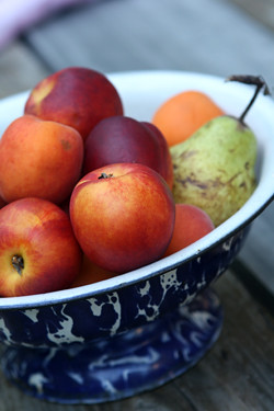 nectarines, pears, apricots