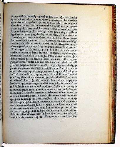 Page of Text with Marginal Annotation from 'De Aquaeductibus'