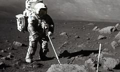Recogida de muestras lunares