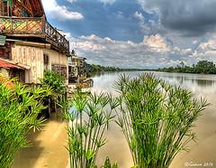 Bang Pakong River, Chachoengsao, Thailand (guavaphotos.com) Tags: thailand thai handheld guava hdr aasia chachoengsao 5photosaday 3exposure  bangpakongriver earthasia  iamguava banmaimarket 5halloffame totallythailand  taladbanmai