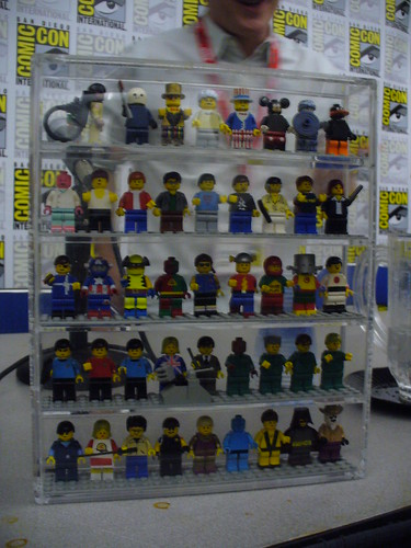 comic con custom minifigures
