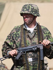 (delta23lfb) Tags: soldier uniform german ww2 reenactment reenactor sbg worldwar2 worldwartwo warandpeace warandpeaceshow secondbattlegroup