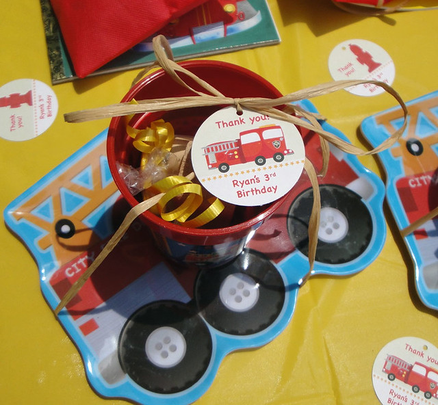 fire_truck_favor_table2