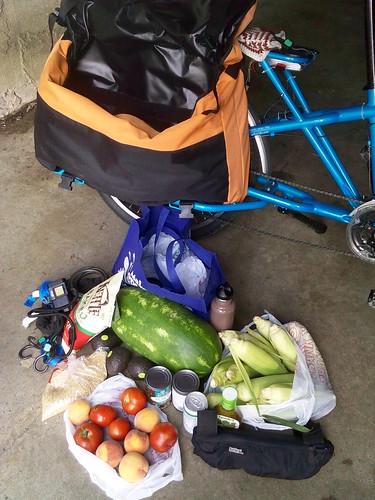 Carga não planejada: uma melancia e uma dúzia de espigas de milho