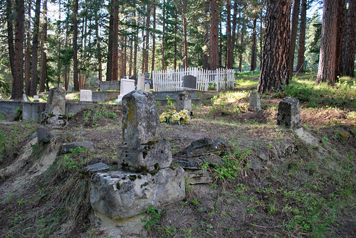 Cemetery - Roslyn, Washington (brotherxii) Tags: art cemetery grave june ...