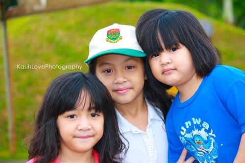 3 adik beradik comel