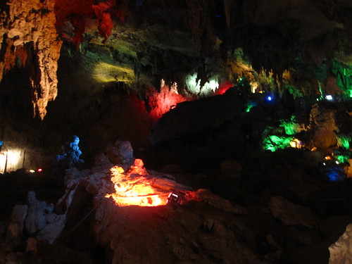 Swallow Cave, near Jianshui, Yunnan
