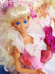 Pretty Surprise Barbie 1991 (Chicomttel) Tags: pretty barbie surprise 1991 mattel inc