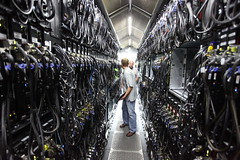 [フリー画像] 工場・産業機械, PC・パソコン, マイクロソフト, アメリカ合衆国, 201008120700