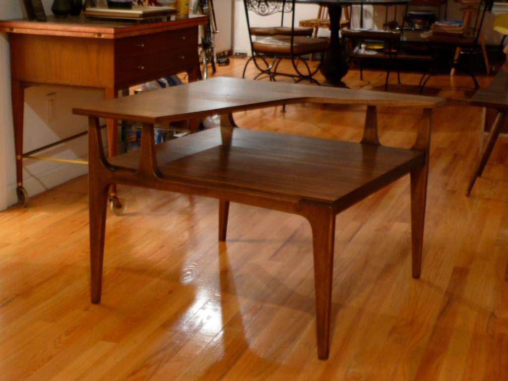 1951 Directional Modern #1699 Corner Table by Furnwood Corp.