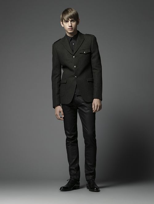 Jannik Schulz0050_Burberry Black Label(Official)