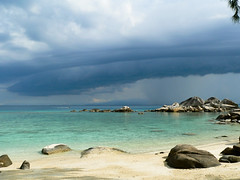 Beach Perhentian Island - Malaysia (Lucie et Philippe) Tags: voyage travel island islands vacances holidays malaysia perhentians malaisie