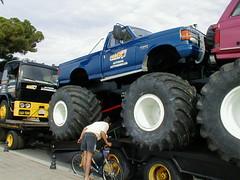 Dragsters Big Foot1 (Norman555) Tags: auto show park city blue france car bike sport photography photo automobile europe voiture course camion rue velo pneu ville homme roue vitesse moteur volant compétition conduite