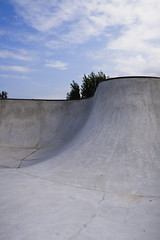 Pisa Bowl (il_panda_2006) Tags: concrete skateboarding bowl pisa skatepark skateboard cemento urbanjungle deepend skatespot cisanello oliodielbo