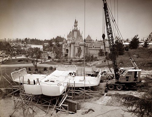 Monsanto House Construction '56