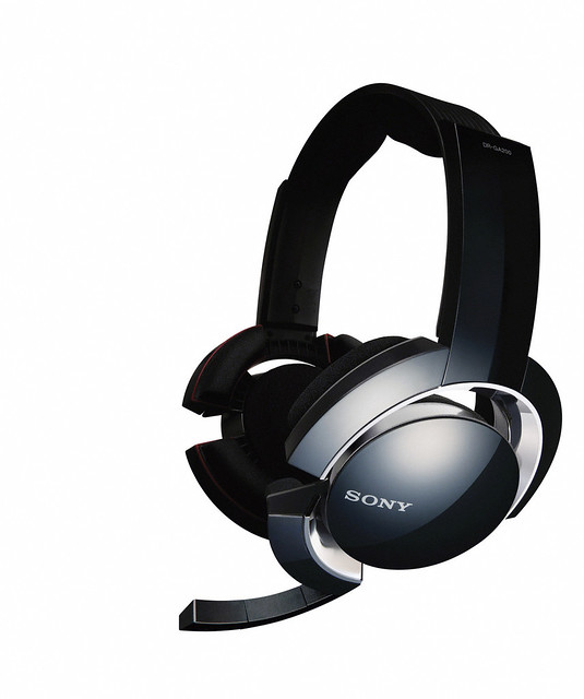 Thumb Sony will sell DR-GA500 and DR-GA200 headsets for enhanced gaming experience