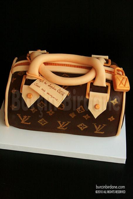 LV cake 1