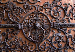 Notre Dame (Nerea Ortigueira) Tags: door paris france puerta cathedral catedral notredame notre dame