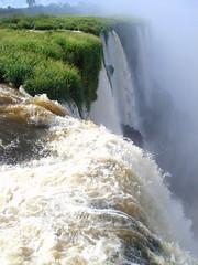 Cataratas del Iguazú (rorro160279) Tags: naturaleza agua selva cataratas iguazu vapor worldheritage misiones gargantadeldiablo patrimoniodelahumanidad p039