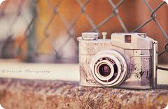 { Vintage camera } (B@rbar@ (Barbara Palmisano)) Tags: life camera old texture colors vintage blog still bokeh antique nikkor comet colori ohhh macchinafotografica madeinitaly bencini bej artedellafoto httpbarbaraphotographyblogspotcom