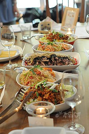 滿桌的美味料理