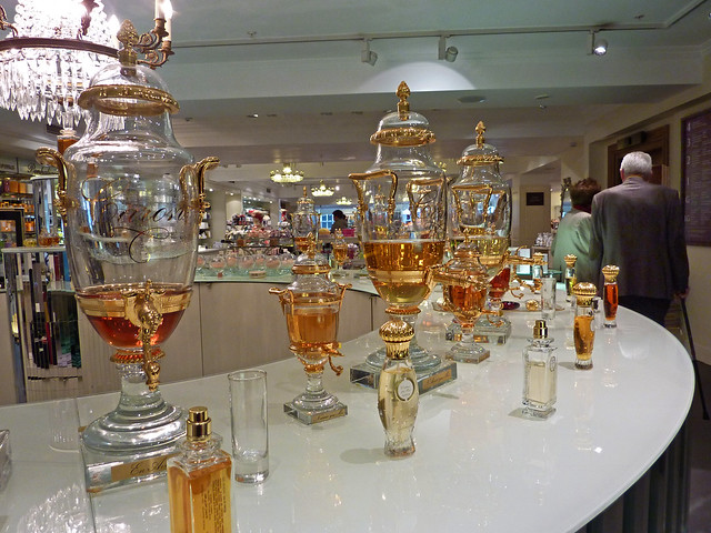 Presentation of parfums