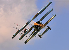 WW1 Dog-fight.. (mickb6265) Tags: fighter ww1 nieuport17 fokkerdr1triplane sywellairdisplay2010