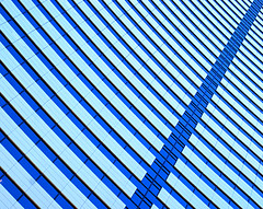 Zipper (JTContinental) Tags: seattle light shadow urban abstract detail lines architecture bigmomma matchpointwinner thechallengefactory fotocompetition fotocompetitionbronze jtcontinental herowinner thepinnaclehof tphofweek60 t482 mpt482