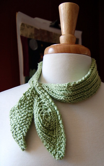 Little Leaf Scarf