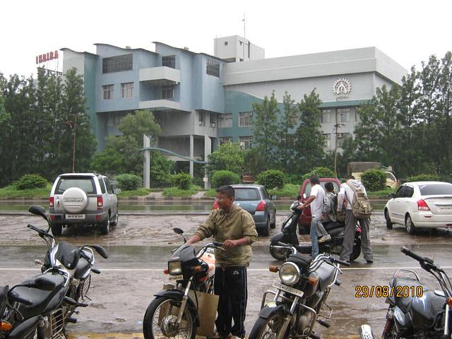 Indira Group of Institutes (www.indiraedu.com), Mumbai Pune Expressway at Wakad Pune