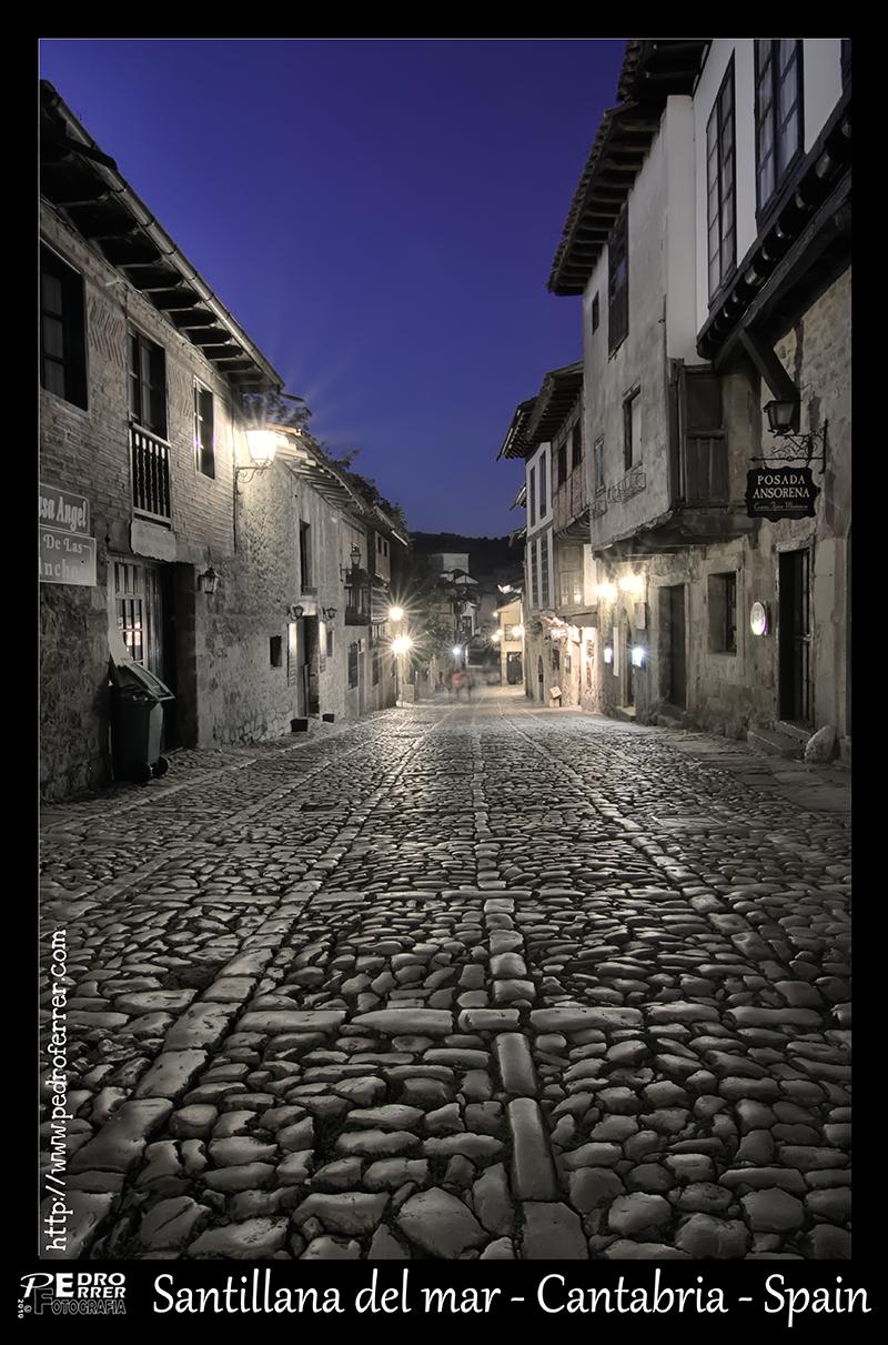 Santillana del Mar - Calle del Cantón - Empedrado medieval