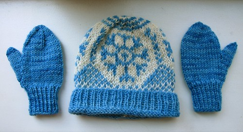 Stranded blue & white baby hat & mittens