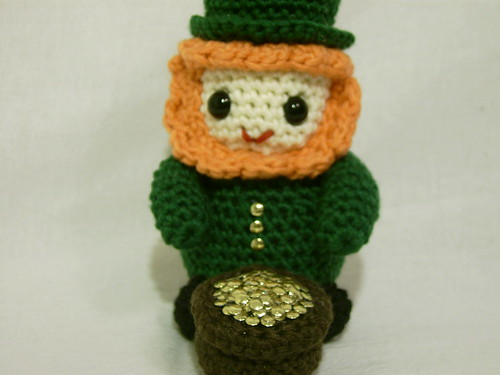 Lucky Leprechaun and Pot o' Gold