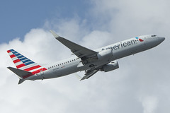 N835NN - American Airlines - Boeing 737-800 (John Klos) Tags: 29577 aal american americanairlines b737 b737800 b737823 boeing boeing737 florida johnklos kmia mia miamiinternationalairport miami n835nn nikkor80400mmf4556gvr nikon nikond7200 aircraft airline airplane aviation spotting takeoff winglets unitedstates us