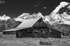 Moulton Barn (M@ H) Tags: grand grandtenon jackson jacksonhole landmark matthalvorson moose mormonrow mountainrange mountains nps nationalpark nauralbeauty nikon nobody outdoors park peaks picturesque remote rocky rugged scenic snakeriver tetoncoiunty tetonrange tranquil travel usa wyoming nature