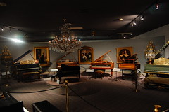 Liberace's Piano Room (rbglasson) Tags: music museum nikon lasvegas nevada piano liberace fga d40 nikond40 nikonflickraward